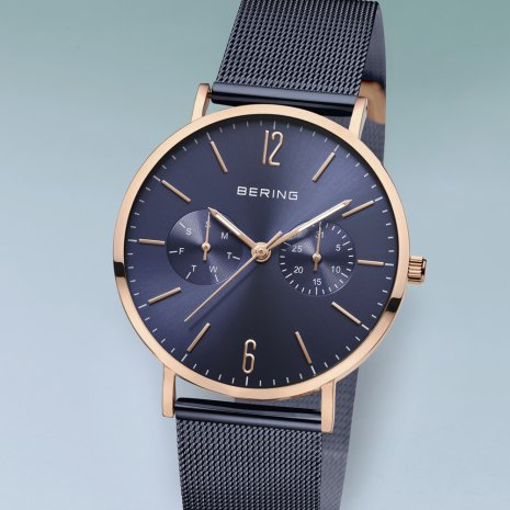 Bering watch blue
