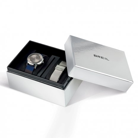 Gents Quartz Watch with Date & Extra Mesh Strap Spring Summer Collection Breil