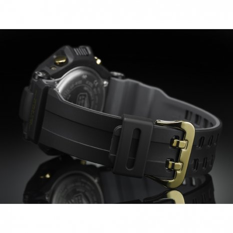 Black & Gold Solar Pilot Watch with Smart Access Fall Winter Collection G-Shock