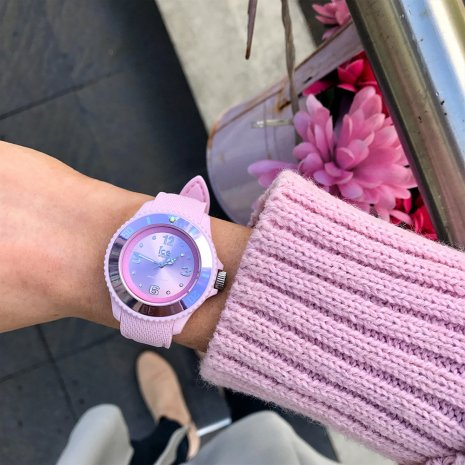 Pastel Pink Fashion Quartz Watch Size Medium Spring Summer Collection Ice-Watch
