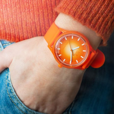 Orange solar powered quartz watch Spring Summer Collection Ice-Watch