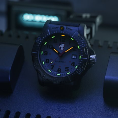 Swiss Made Carbon Military Dive Watch Spring Summer Collection Luminox