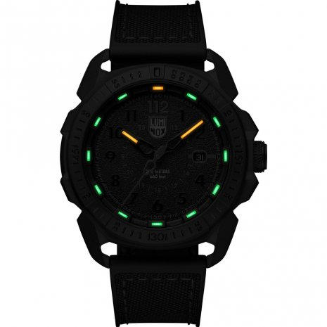 Swiss Made Carbon dive watch Fall Winter Collection Luminox