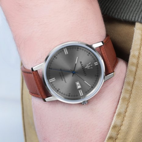 Maserati watch Brown