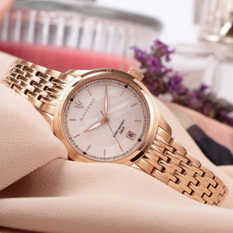 Rose Gold Ladies Quartz Watch with Date Spring Summer Collection Maserati
