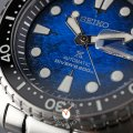 Automatic diving watch with day-date Fall Winter Collection Seiko