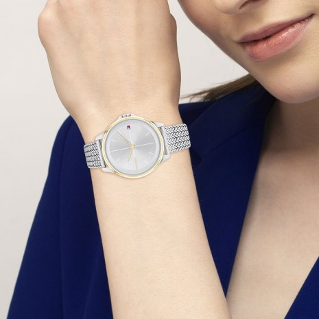 Minimalist ladies watch with steel bracelet Spring Summer Collection Tommy Hilfiger